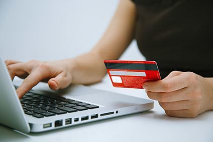 Online going strong despite store openings