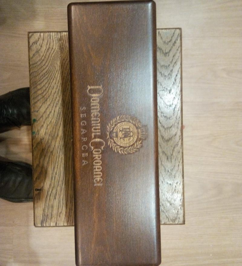 engraved wine box 1.jpg
