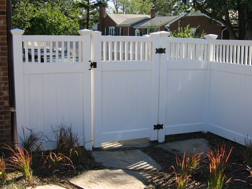 6 Ft. White Vinyl Fence with Horizontal Privacy Slats & Walk Gate