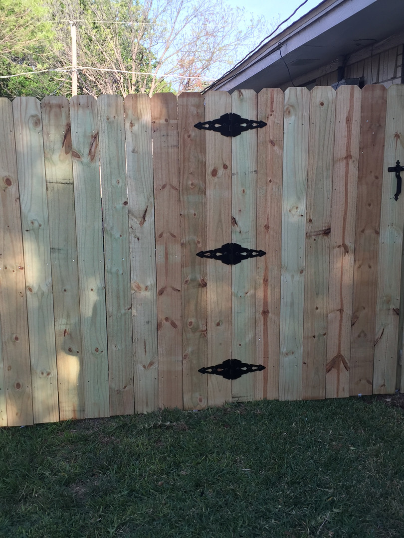 6 Ft Pine Side by Side with Walk Gate