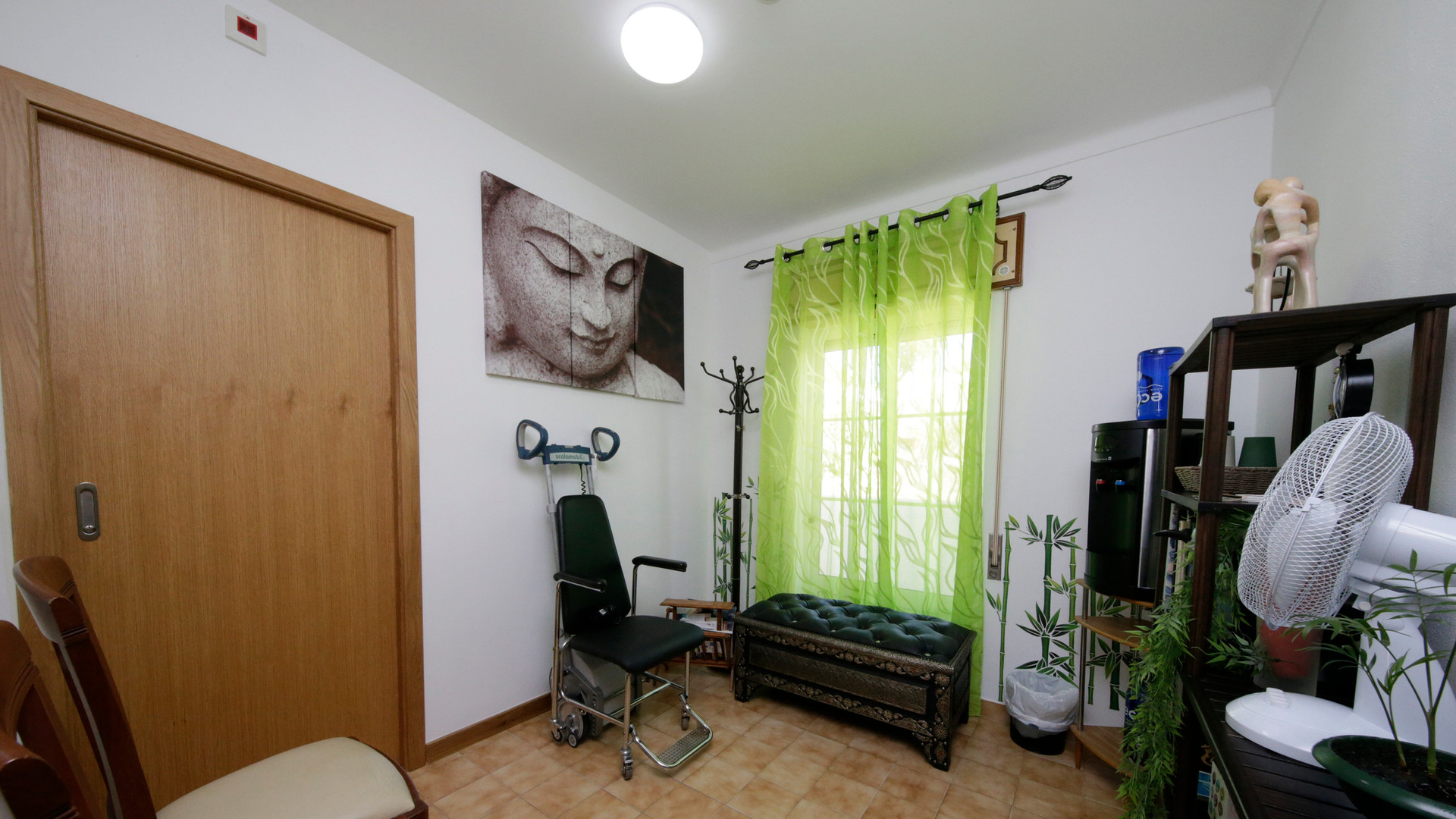 spiralis-health-concept-sala-de-espera.j