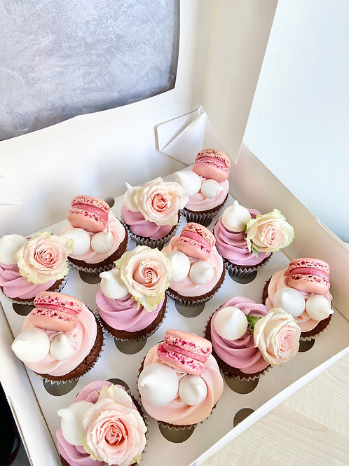 Box of 12 Handmade Cupcakes