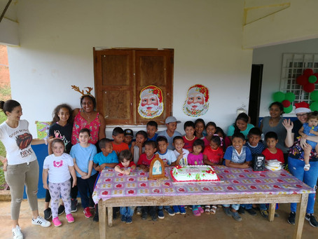 Fiesta de Navidad para niños de Colegio Multigrado ubicado en Olla Abajo de Capira - Diciembre 2018