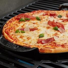 Receta pizza estilo deep pan Weber