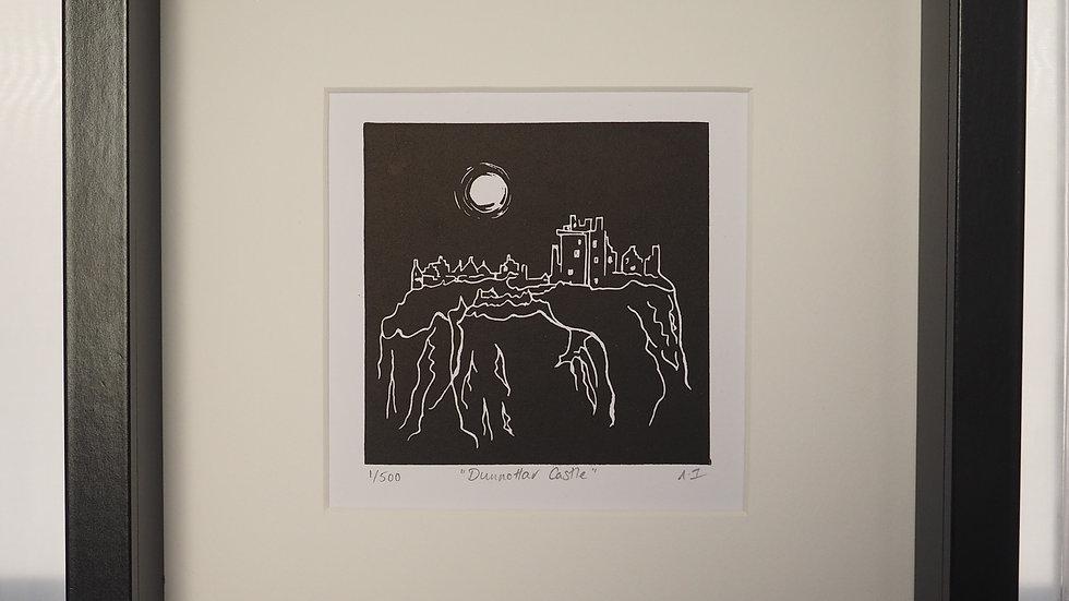 Dunnottar Castle Lino Print