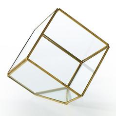 Geo Square Medium