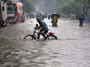 'Heavy Rainfall' Alert; IMD issues warning to 10 states this week, including Gujarat & Maharashtra
