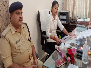 In Moradabad, meritorious girls are holding officer chairs and solving problems