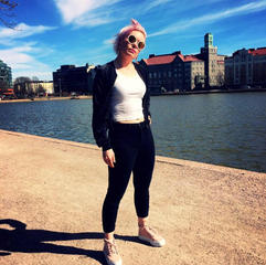 Jenni Holopainen: Assistant Camera