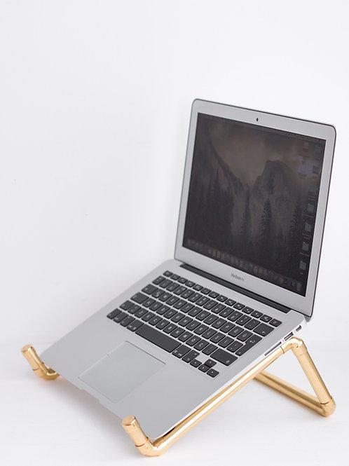 Pipe & Wire Pirinç Notebook Standı
