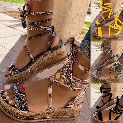 Summer Wedge lace up sandals 💖
