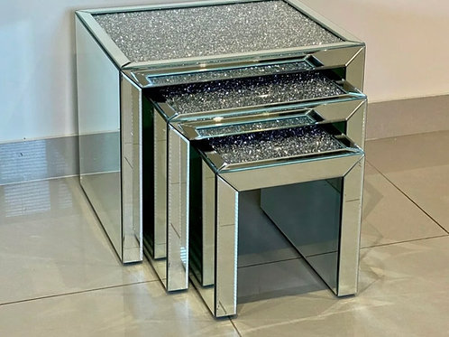 Nest of crushed Diamond / mirrored tables
