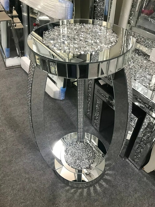 Crushed Diamond mirrored table