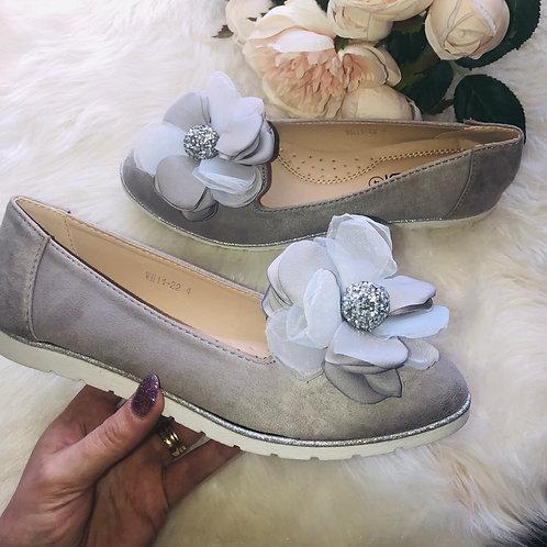 Grey Flower Crystal Pumps