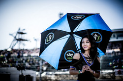UMBRELLA GIRL