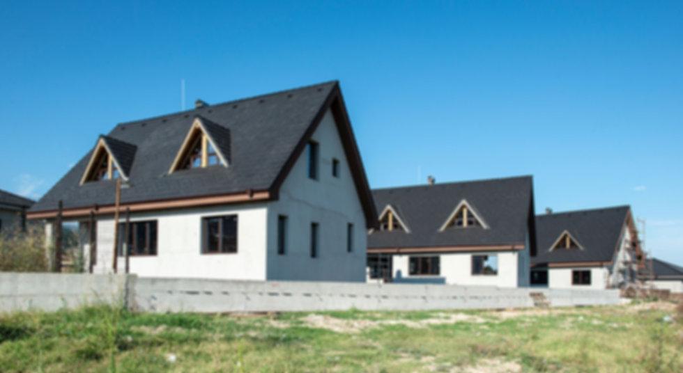 new-build-houses-YDS3NE8.jpg