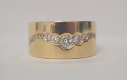 DIAMOND AND GOLD RING 1.JPG