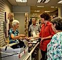 People shop serving_8867-3.jpg