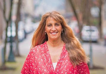 Karen Grau wide.jpg
