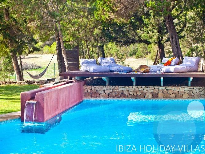 El Valle -  Cala Bassa - Ibiza