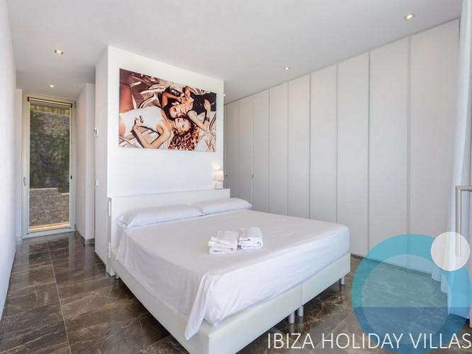 Emerald - Roca LLisa - Ibiza