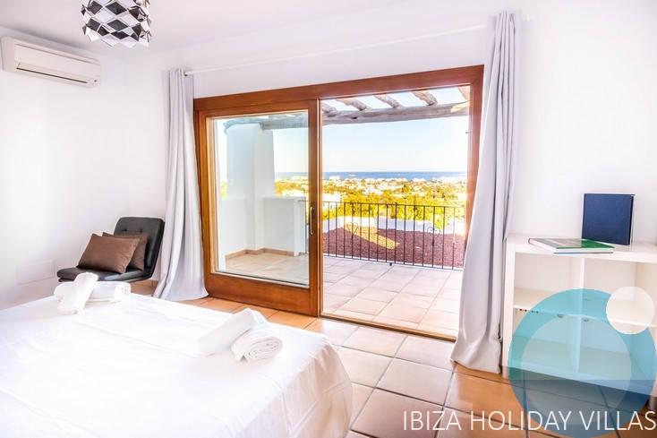 Bougainville - San Jordi - Ibiza
