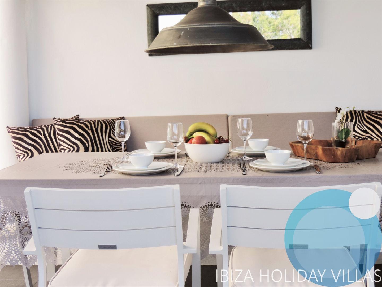 Reina - Cala LLonga - Ibiza