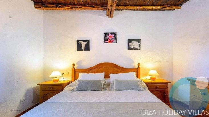Image00Es Pujol - Cala  D'Hort - Ibiza04
