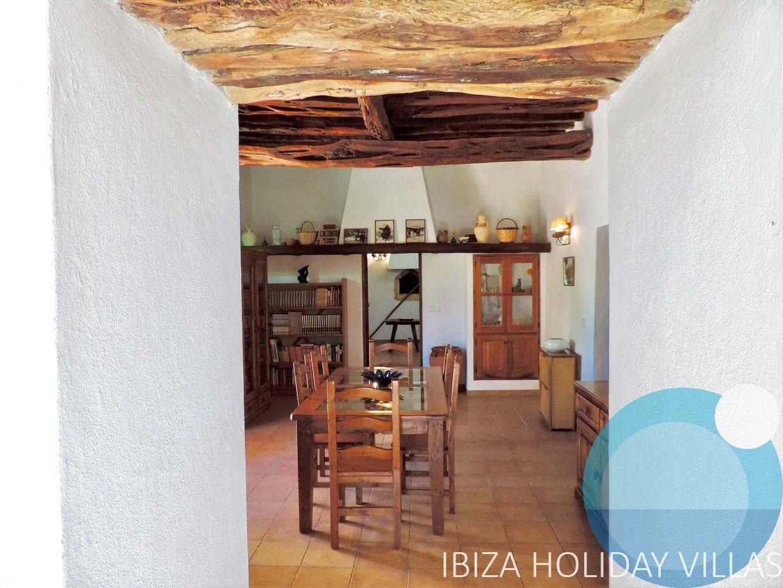 Campo - Es Cubells - Ibiza