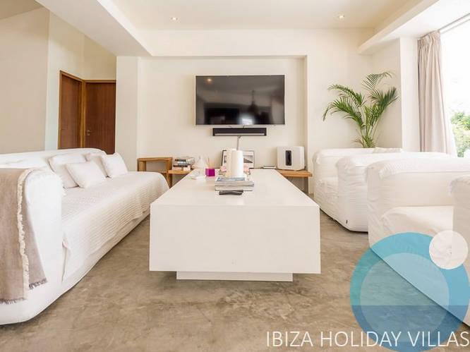 Pearl - Talamanca - Ibiza
