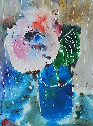 La rosa nel bicchiere blu