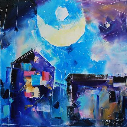La luna sulla città