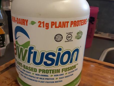 עוגת חלבון עם Raw Fusion שוקו בוטנים / Protein Cake with Raw Fusion