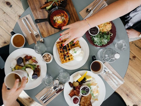 Un service de traiteur pour vos petits-déjeuners d'entreprise et vos réunions