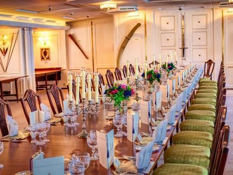 Utilisation d'une salle de réception pour votre événement privé ou événement d'entreprise