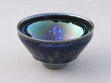 128 iridescents bowls, Tokyo