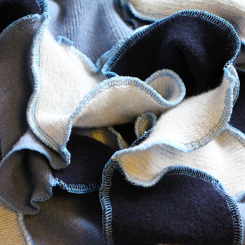 blue-01-detail