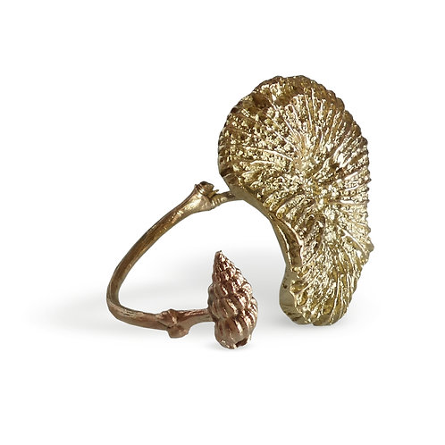 Coral twigs rose gold 9kt open ring