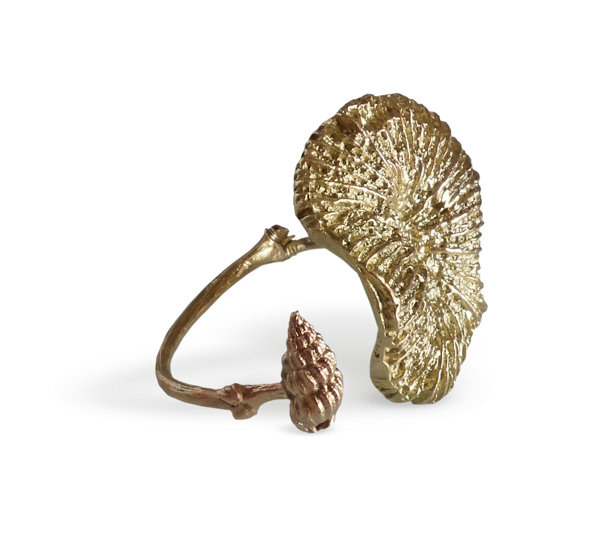 Coral flower rose gold 9 kt ring