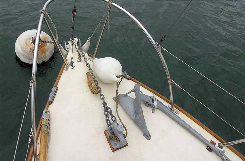 Santiano foredeck