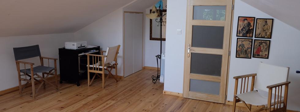 sitting room and en-suite