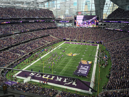 Minnesota Vikings handle the Seattle Seahawks with ease, 30-17, in their return to US Bank Stadium