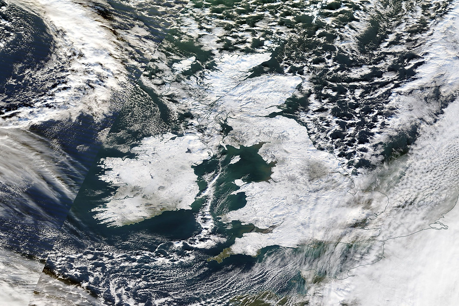 Satellite imagery showing a snow covered UK & Ireland on Christmas Day 2010. Credit: NASA.