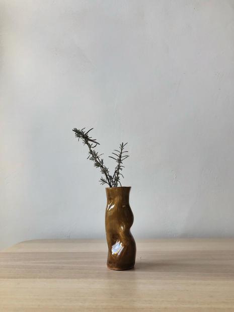 07_Vessel_Vase_Front.jpg