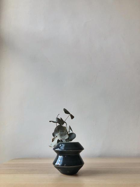 08_Vessel_Vase_Front.jpg