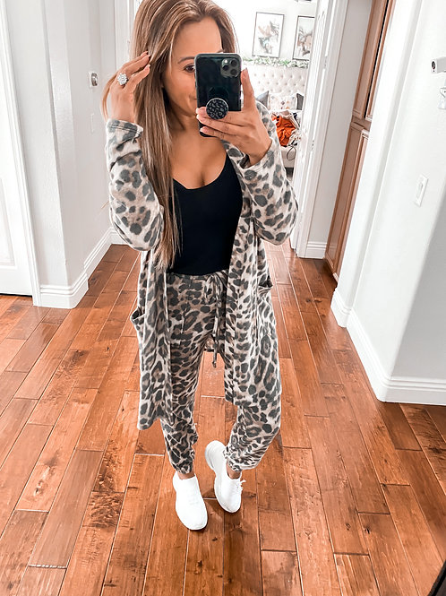 Cozy spot Leopard Cardigan