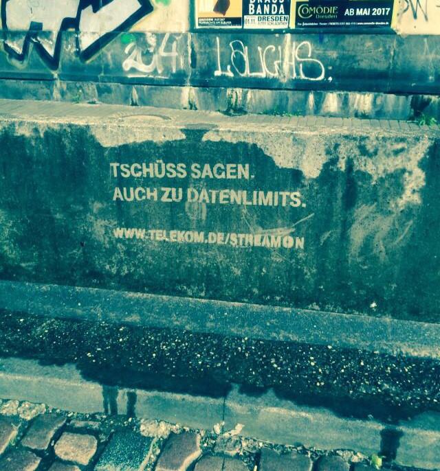 reversegraffiti__Telekom_01.JPG
