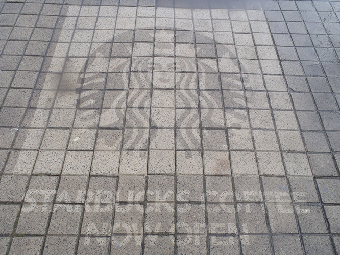 Reversegraffiti_Hilversum_01.jpg