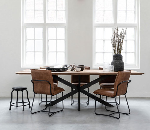 Timeless - Curves Dining Table