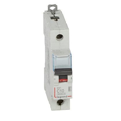 DX3 DISJ 1P C10 6000A